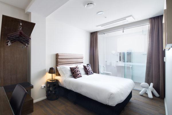 57 HOTEL 2015-03-11-365A-HR