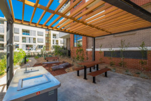 Uptown Apartments - courtyard