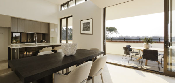 Uptown Apartments – living